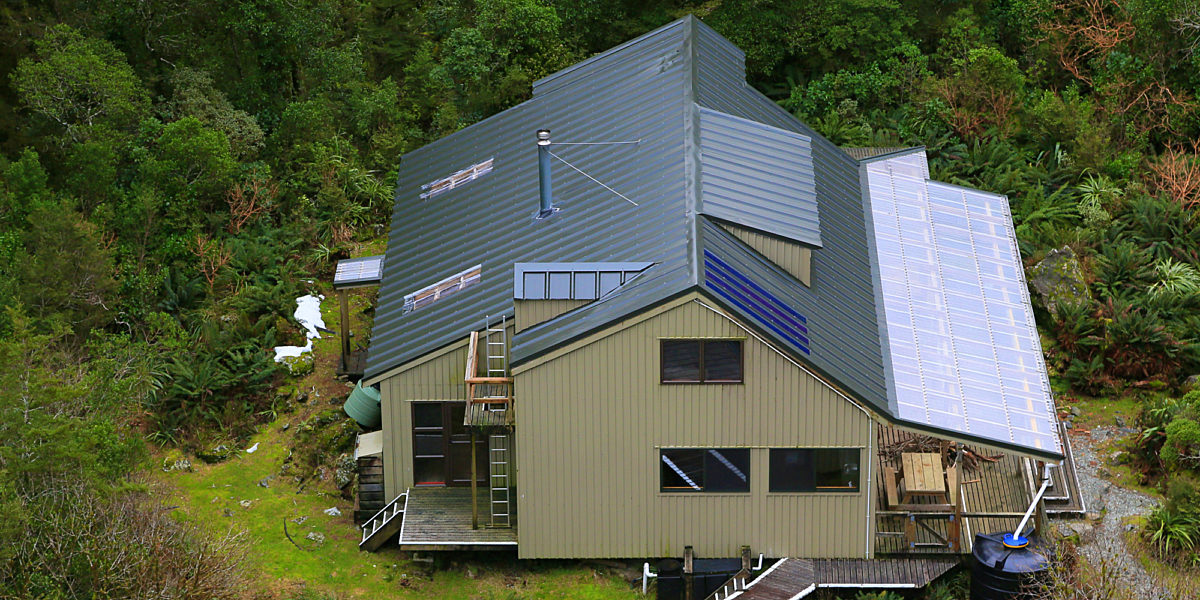 A Unique Power Generating Roof Dimond Roofing